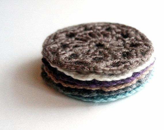 crochet pattern: small round coaster JaKiGu