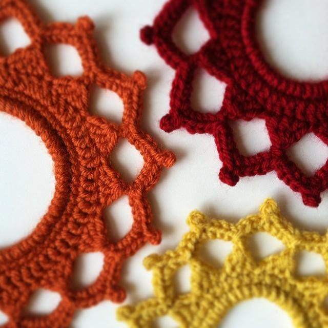 Crochet Picture Frames by JaKiGu (2)