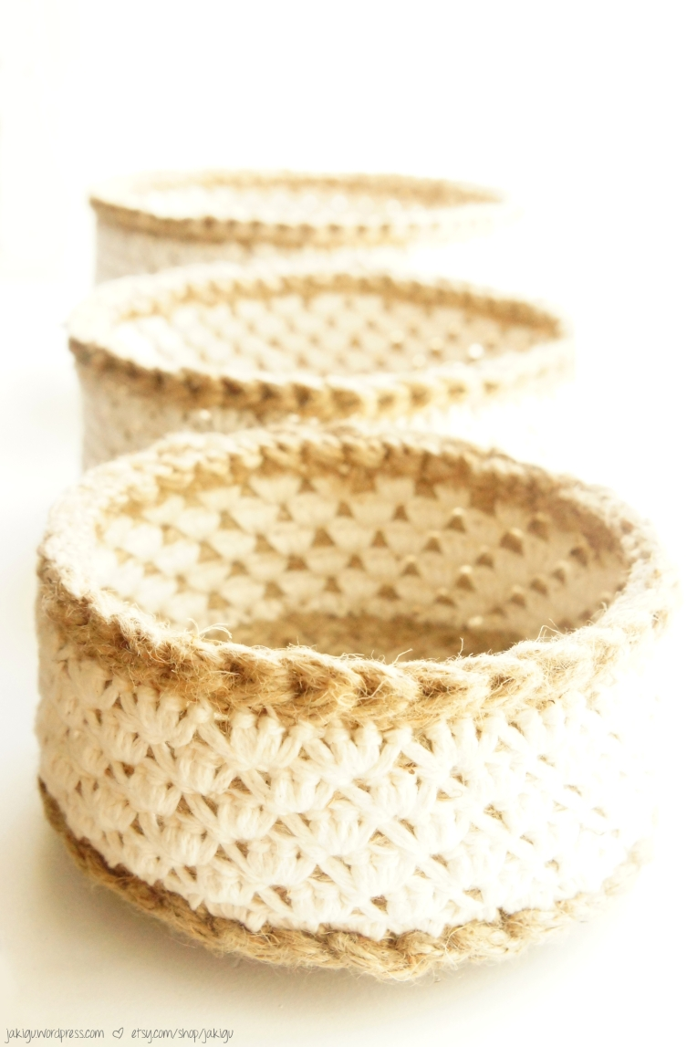 crochet pattern: jute and cotton stacking baskets ? JaKiGu